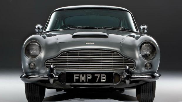 james-bond-1964-aston-martin-db5-front1