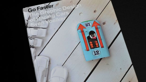 Racing book 01
