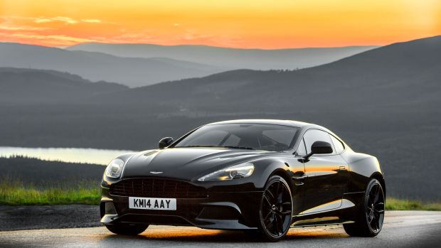 Aston-Martin-Vanquish-Carbon-Black-4.jpg