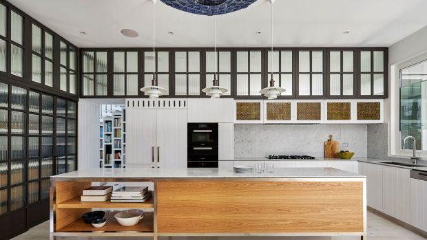 Luigi Rosselli Architects   Beach House On Stilts   13.jpg