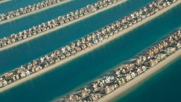 aerial-26-Palm_Jumeirah-Dubai-U.A.E.-896x600.jpg