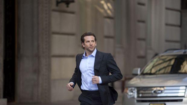 Limitless-Bradley-Cooper-as-Edward-Eddie-Morra-1680x1050-wide-wallpapers.net_.jpg