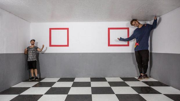 jason-paul-s-running-illusions-perspective-portrait.jpg