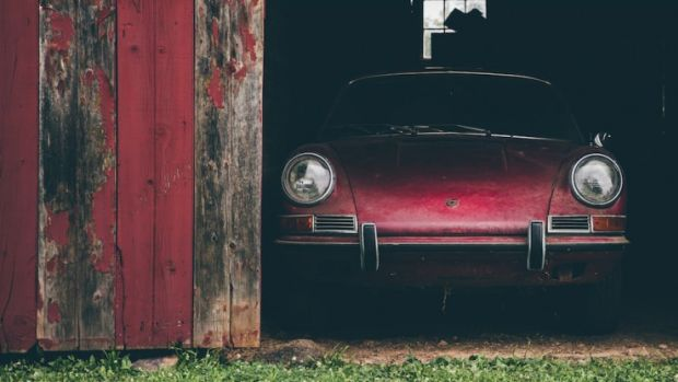 Porsche-911S-7-740x494.jpg