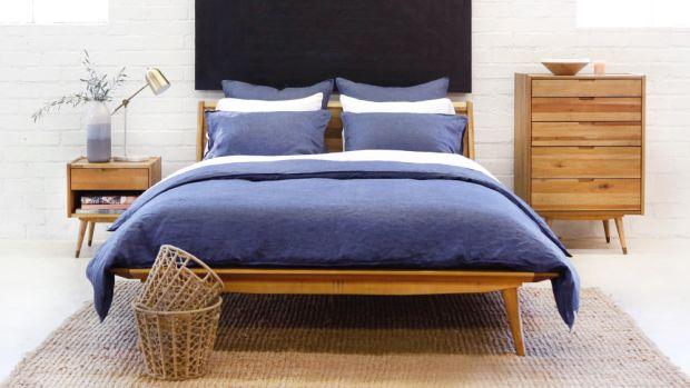 blue-bed-ls-hp2