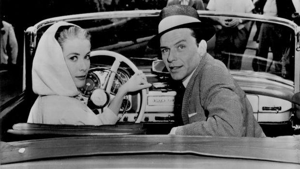 Grace_Kelly_Frank_Sinatra_on_the_set_of_High_Society_1956