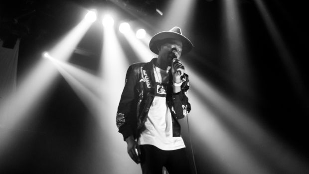 Theophilus_London_at_Fri-Son_in_Fribourg,_Switzerland.jpg