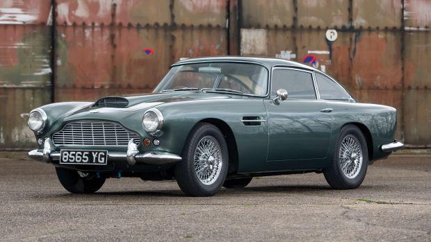 1962-Aston-Martin-DB4-Series-IV_0