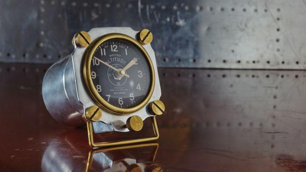 Altimeter-Aluminum-Situation-1200