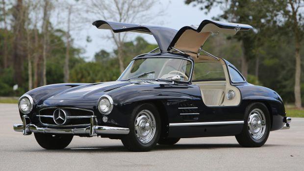 1956-Mercedes-Benz-300-SL-Gullwing_0 (1)