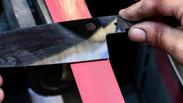 Chef-Knife-Process