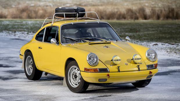 1967_Porsche_911_S_Rally_8603