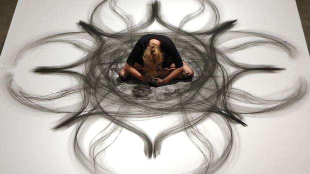 charcoal-drawing-contemporary-dance-heather-hansen-10
