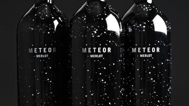 meteor-merlotwhite-fences-vineyard