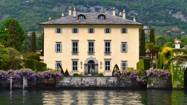1.villa.lariana