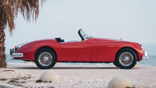 1960-Jaguar-XK-150-3-8-Roadster_4