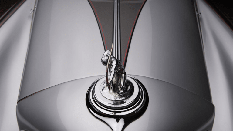 14 Shots Of A Spectacular 1933 Pierce-Arrow Silver Arrow