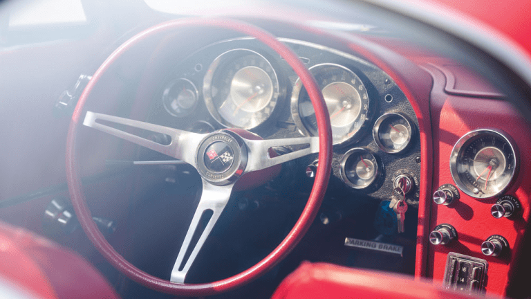 12 Beautiful Photos Of A 1963 Chevrolet Corvette Sting Ray 'Split-Window' Coupe