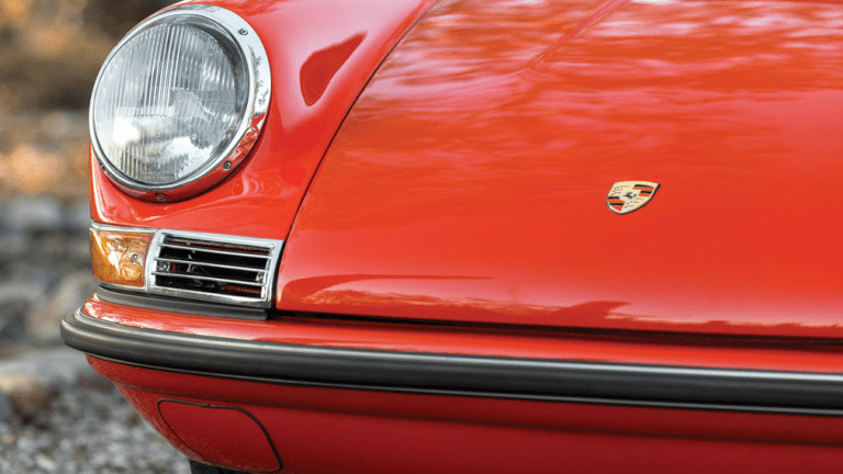 14 Flawless Photos Of A 1968 Porsche 911 S Targa