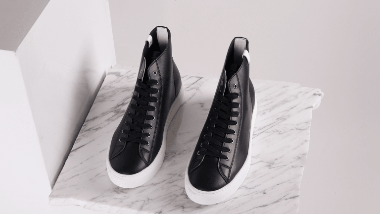 Finally, Minimalistic Sneakers at a Super Attainable Price Point