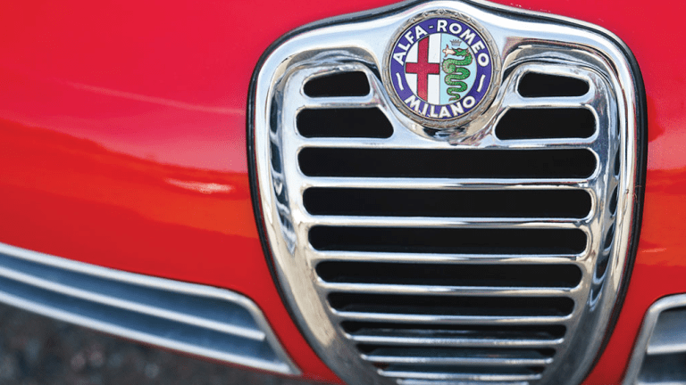 This Stunning Alfa Romeo Proves They Don't Make 'Em Like They Used To