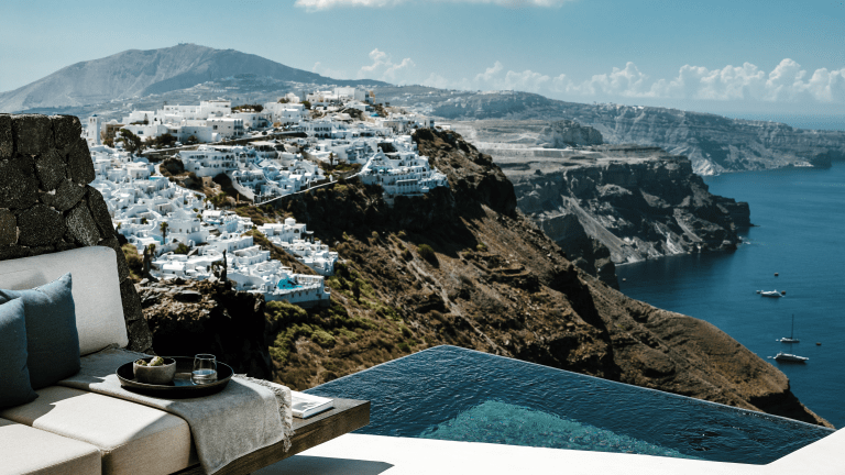 Greek Getaway: This Cliffside Hotel in Santorini Hits All the Right Notes