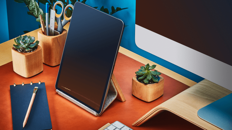 Grovemade Introduces a Stylish iPad Stand for Your Workspace