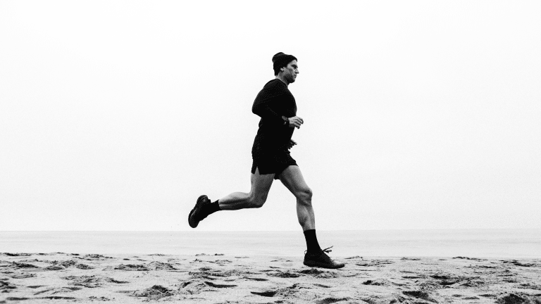 Ten Thousand Links With Podcaster Rich Roll on Eco-Friendly Running Collection