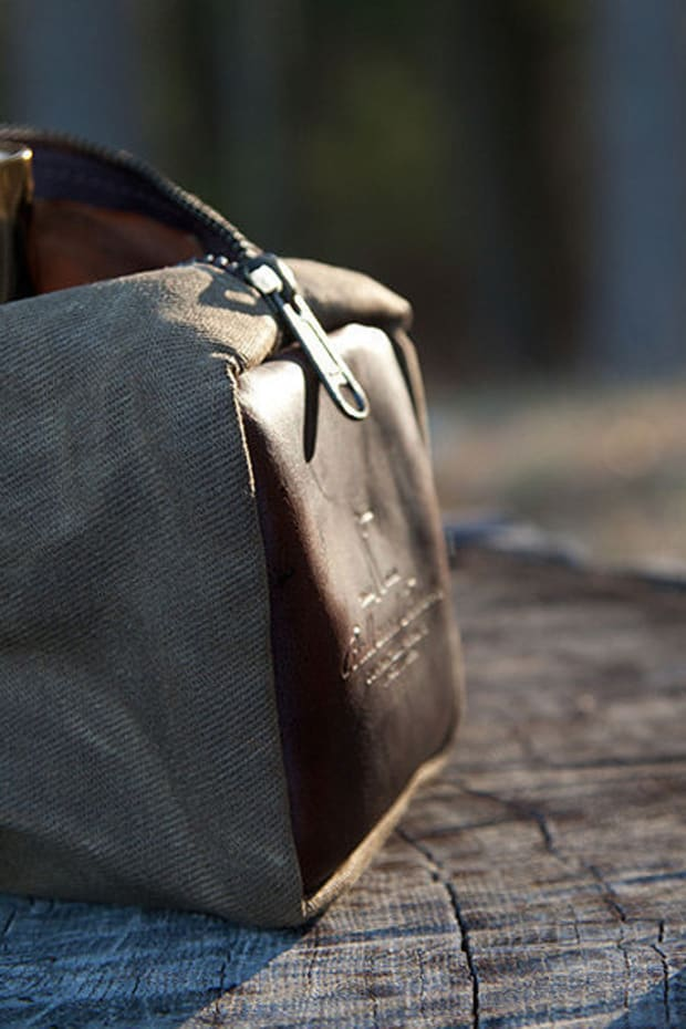 waxed-canvas-dopp-kit-by-ball-and-buck