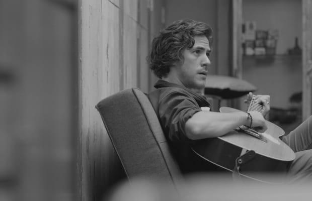 Italian Singer/Songwriter Jack Savoretti Needs To Be On Your Music Radar