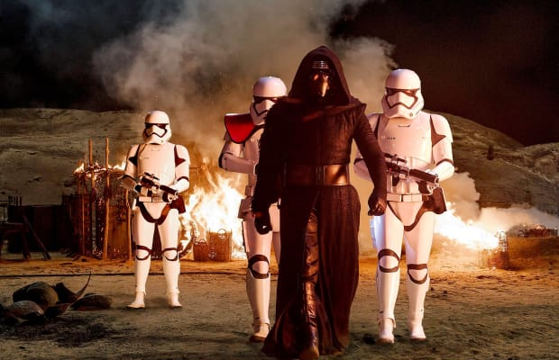 Japanese 'Star Wars: The Force Awakens' Trailer Is The Most Revealing Yet