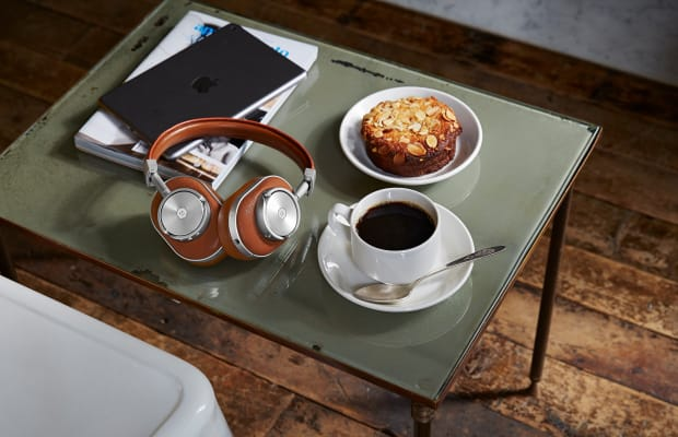 These Wireless Headphones Are Dripping With Style