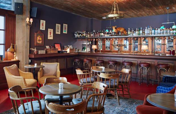 30 Most Stunning Bars From Around The Globe