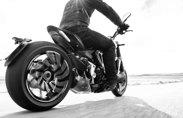 15 Striking Photos Of The Ducati XDiavel In Action
