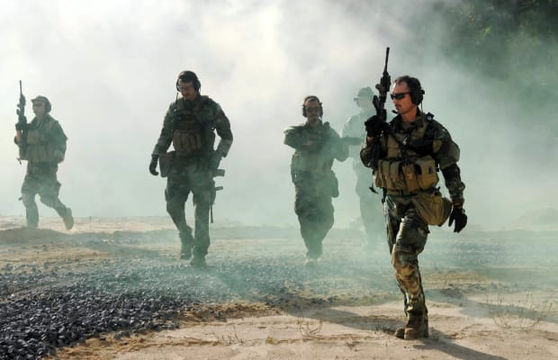 How Navy SEALs Use A '40 Percent Rule' To Easily Overcome Mental Barriers