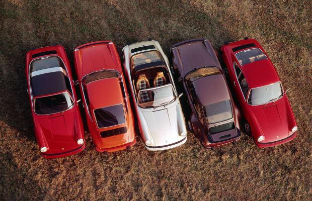 Porsche Drives Forward The World's First Interactive Hologram Print Ad