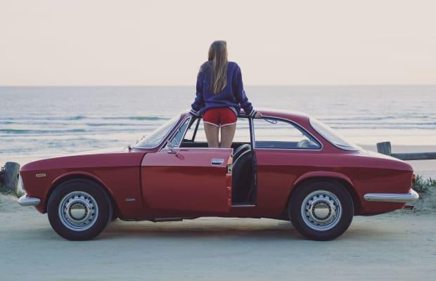Car Porn: 1968 Alfa Romeo Giulia GT 1300 Junior