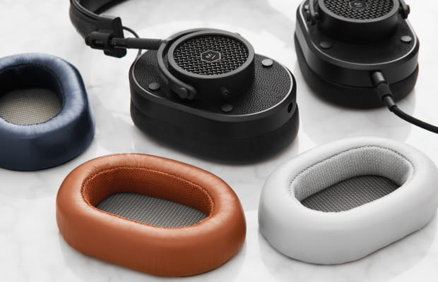 Master & Dynamic Added Interchangeable Ear Pads In A Variety Of Colors