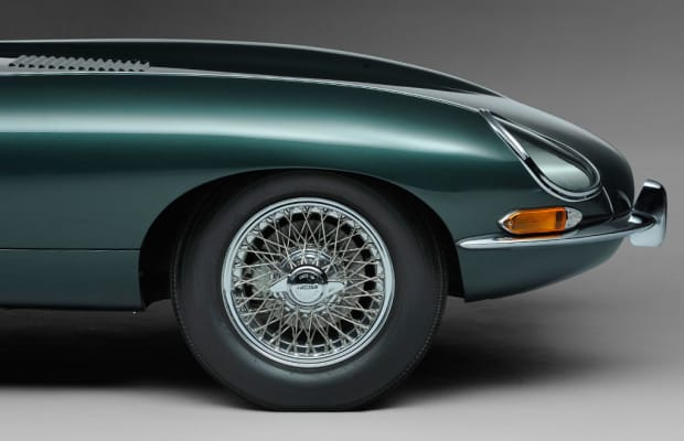 This 1961 Jaguar E-Type Is One Sexy Cat