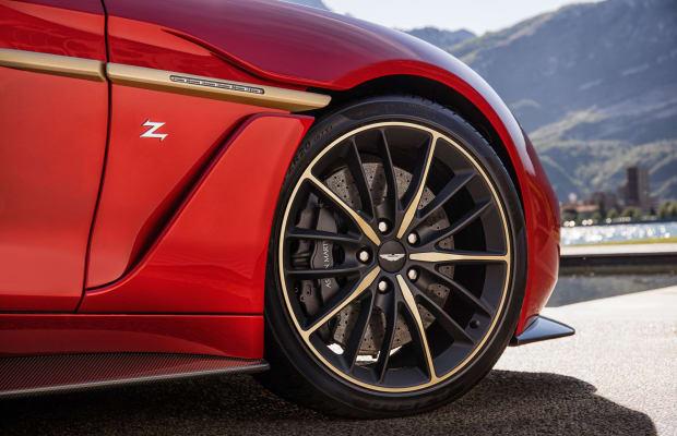 15 Heartstopping Photos of the Aston Martin Vanquish Zagato