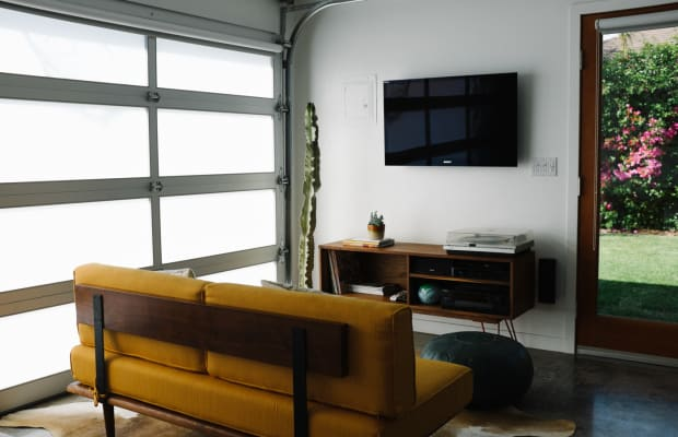 The Coolest Airbnb In Los Angeles