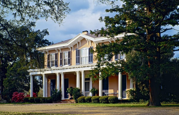 Photo Tour Of New Orleans' Underrated Traditional Architecture