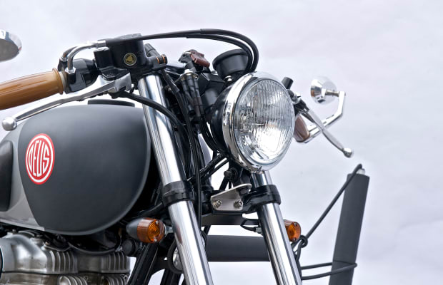 14 Photos Of A Stunning Low And Lean Surf Bike From Deus Ex Machina