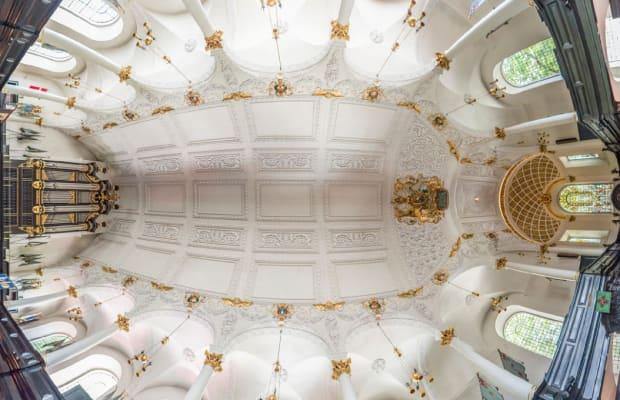 50 Amazing Vertical Panoramic Photos Of Churches Around The World