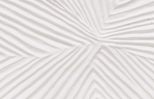 This Stylish Papier-Mâché Wallpaper Will Look Nice On Your iPhone