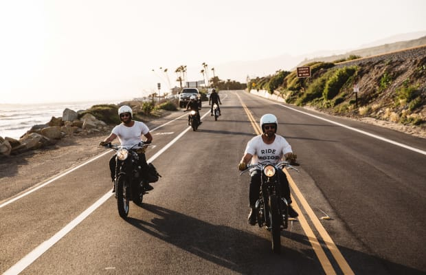 Outfit Your Motorcycle Adventures With These Ride-Ready Magnetic Flip-Shades