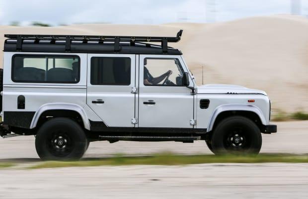 Car Porn: Restomod 'Project Ironhorse' Land Rover Defender by ECD