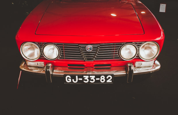 A Stunning Look at Portugal's 25° Automobilia Exhibition