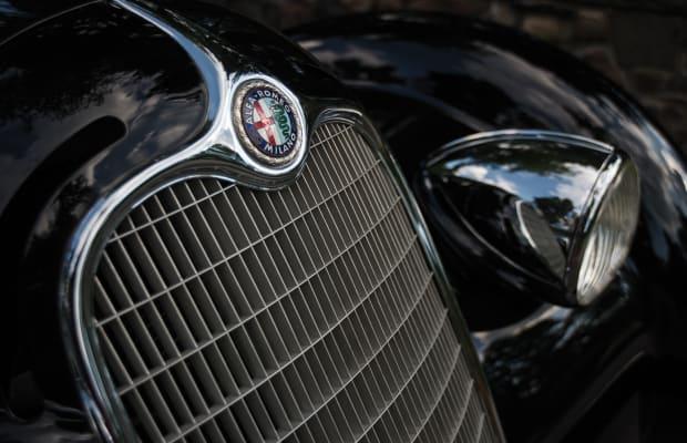 This Rare $20mm Alfa Romeo Is an Art Deco Batmobile