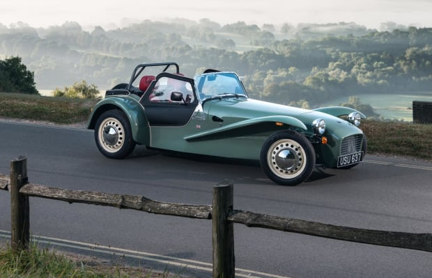 This Ultra-Retro British Roadster Oozes Style